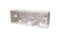 Legrand Galea Life Белый Коробка для накладного монтажа 3 поста горизонтальная купить в интернет-магазине Азбука Сантехники