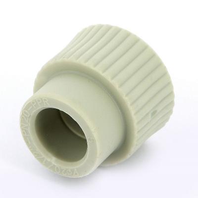 """Муфта полипропиленовая FV-Plast с внутренней резьбой Ø 20 мм × 1/2"""" купить в интернет-магазине Азбука Сантехники"""