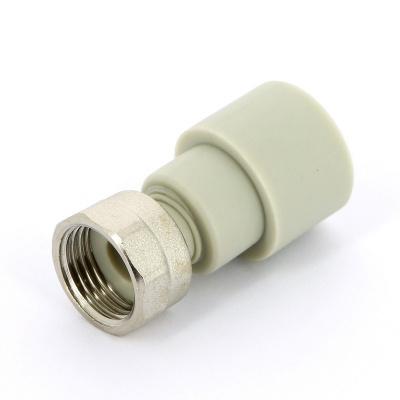 """Муфта полипропиленовая с накидной гайкой FV-Plast Ø 20 мм × 1/2"""", для холодной воды купить в интернет-магазине Азбука Сантехники"""