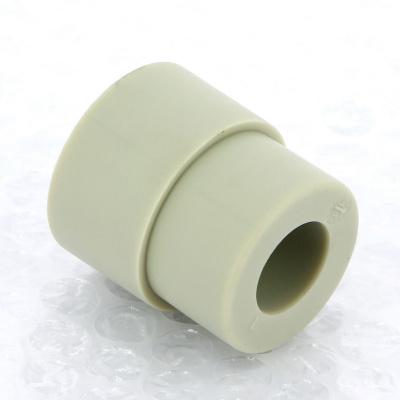Муфта редукционная полипропиленовая FV-Plast с внутренней резьбой Ø 32 × 25 мм купить в интернет-магазине Азбука Сантехники
