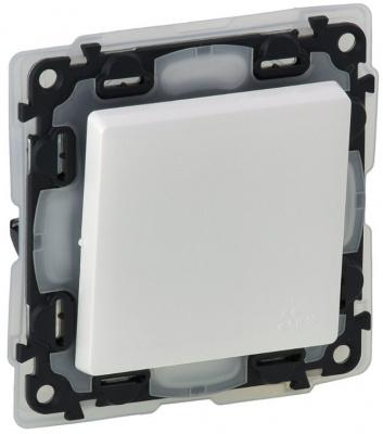 Legrand Valena Life Белый Переключатель 1-клавишный на 2 направления 10A IP44 купить в интернет-магазине Азбука Сантехники