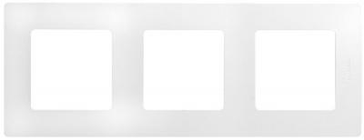 Legrand Etika Белый Рамка 3 поста купить в интернет-магазине Азбука Сантехники